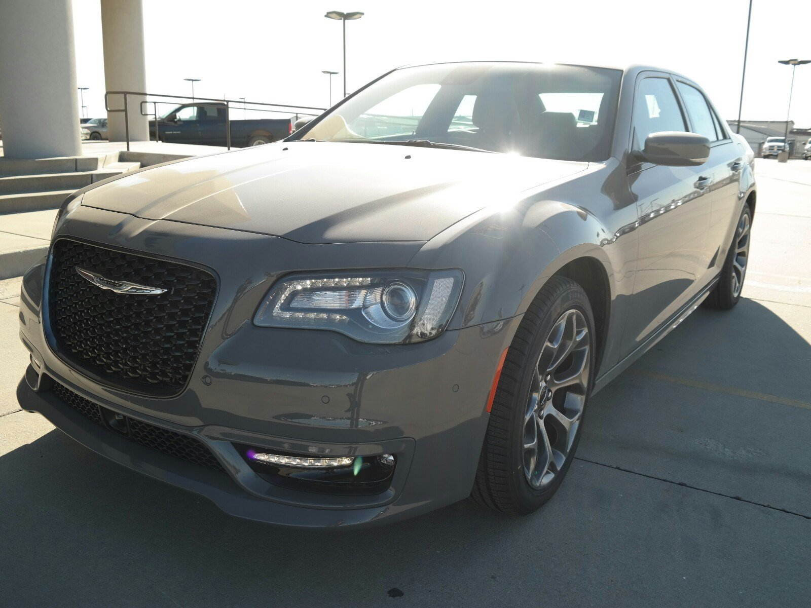 Lovely 2018 Chrysler 300 Srt